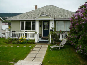 Available Sept 1 Fully Furnished 1 Bd/1 bath - 1 tenant /NO pets