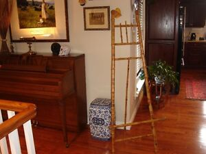 Vintage Bamboo Picture Display Easel
