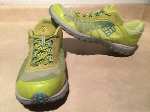 Women's Columbia Techlite Running Shoes Size 9.5 London Ontario image 1