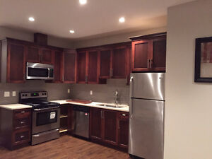 $1800 (ORCA-ref#2323P)Spacious Pemberton Heights Basement Suite