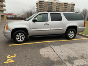 2007 GMC Yukon XL Fully Loaded Excellent Suv 4x4 13500$OBO