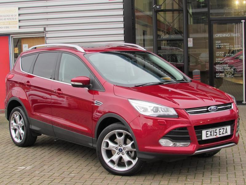 ford kuga 1 5 ecoboost 182 titanium x 5 door auto red 2015 in aylesbury buckinghamshire. Black Bedroom Furniture Sets. Home Design Ideas