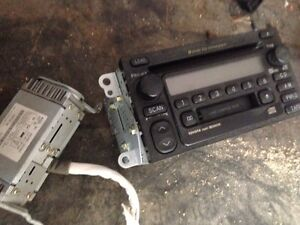 Factory Toyota stereo 6 disc changer