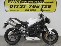 Triumph Street Triple R 675, White, Excellent condition, Low mileage, Warranty