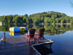 Luxury in Muskoka - LanDecky Lodge on the Narrows - Sleeps 14