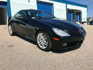 2009 Mercedes-Benz SLK-Class 3.0L Coupe (2 door)