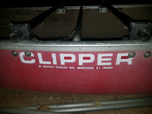 Clipper canoe with complete metzeler sail