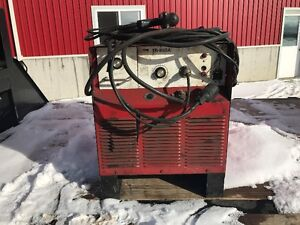 TRW Model TR-850A Stud Welder complete with Stud Gun.  3phase