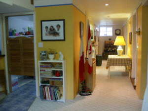 DAILY ROOM RENTAL - BY UofC, SAIT & FOOTHILLS HOSPITAL