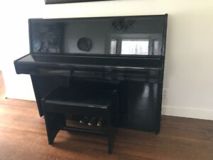 Upright black Piano Dietmann
