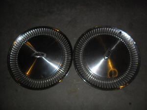 OLDSMOBILE  98 HUBCAPS WHEEL COVERS