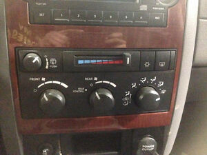 Climate Control for 04-09 Dodge Durango London Ontario image 1