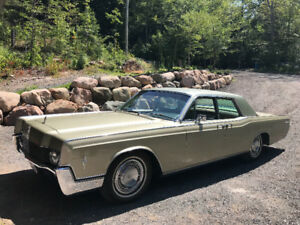 1966 Lincoln Continental (restored, in excellent condition)