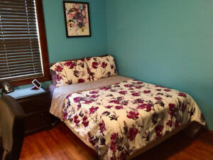 Available Dec 15: Beautifully Furnished Room in Shared Home