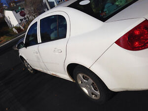 2008 Chevrolet Cobalt LS WANT SOLD $450 or decent offer St. John's Newfoundland image 3