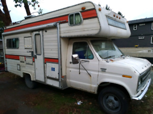1976 ford motor home  21 feet