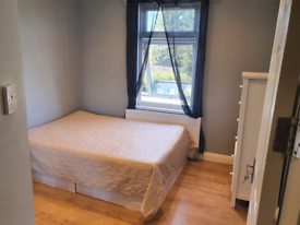 Double Room Wembley In A Shared House