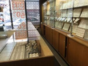 Jewellery showcases