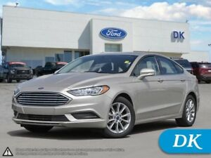 2017 Ford Fusion SE w/Heated Seats, Power Seat, SYNC, Backup Cam