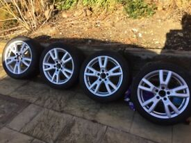 Genuine Mercedes 17 inch alloys and tyres