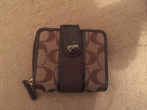 Coach purse and matching wallet Peterborough Peterborough Area image 4