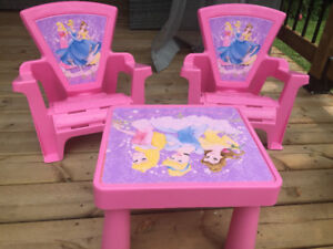 Toddlers / KidsPrincess Table and 2 Chairs Set