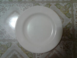 Royal doulton classic style lasting strength porcelain plate