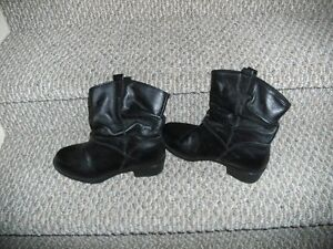 Brand New Women's Henri-Pierre Leather Boots