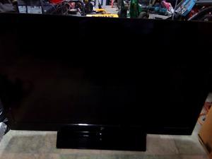 """White-Westinghouse 46"""" LED HD TV"""