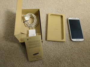 GREAT CONDITION SAMSUNG GALAXY S4 WITH BOX WHITE