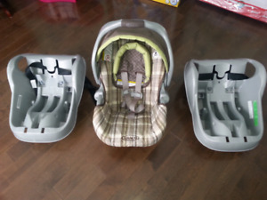 one car seat and  2 Infant car bases - Graco Babby