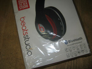 beats studio by dr. dre (Brand new never used)