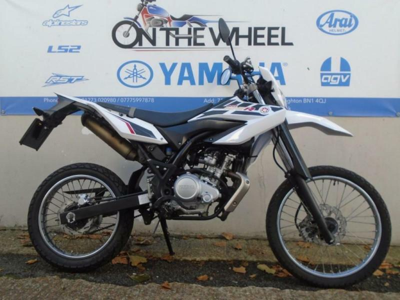 2014 YAMAHA WR 125 R WHITE, **LOW MILES** **HPI CLEAR**