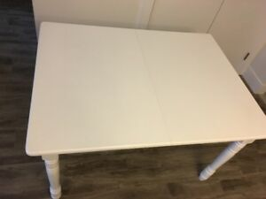 For Sale: Kitchen/Dining Room Table