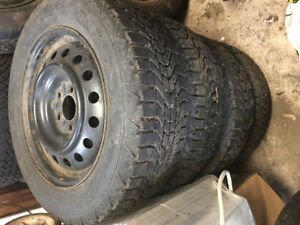 Four Honda Accord 215/60/R16 Tires and Rims