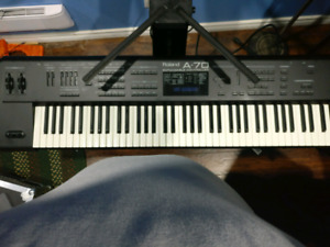 Roland A-70 Keyboard with flight case