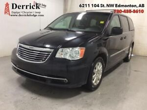 2014 Chrysler Town  Country Used Touring Sto'N Go