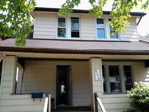one room for student on Campbell at Wyandotte