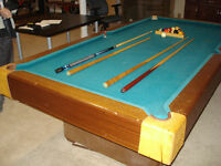 COMPLETE POOL TABLE SET with ACCESSORIES
