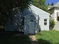 Close to U of A and whyte Ave,two bedroom 1/2 duplex house