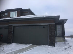 Double Attached Garages In A 2 Storey Bungalow In Roayl Oaks.
