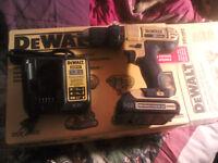20v max Dewalt Cordless Drill w/ battery + charger + bag