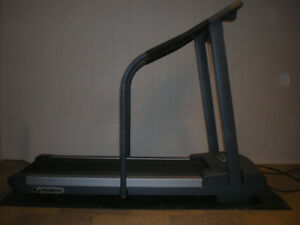 Treadmill (PaceMaster Bronze Basic) with mat