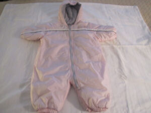Girl's Old Navy light pink Snowsuit size 0 - 3 months