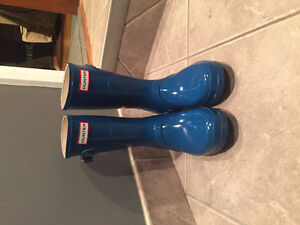 Womens Lightly Worn Hunter Boots Stratford Kitchener Area image 1