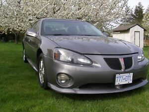 2008 Pontiac Grand Prix, only 115,000 Km's