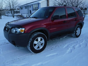 Ford Escape XLT V6 4WD only 81000 kms!!!