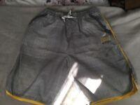 Everlast mens shorts (L)