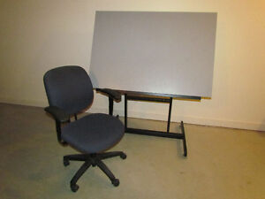 Tilting Drafting / Artist Drawing Table And Chair For Sale Cornwall Ontario image 1