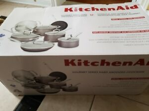 Kitchen Aid 12 pc cookset NEW